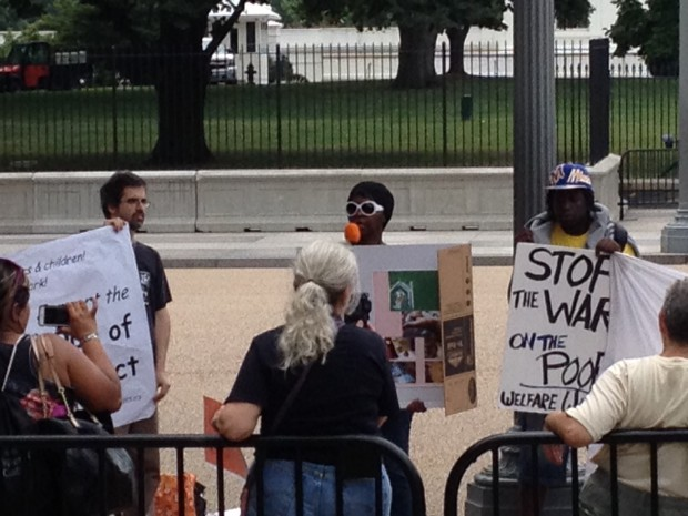 Photo of Rally demands: 'Stop the war on the poor!'