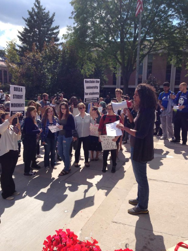 Photo of SU students rally for consent, confront chancellor