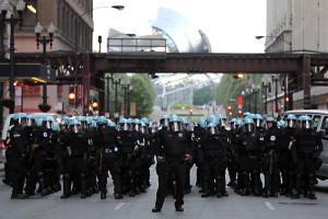 chicago-nato-riot-police