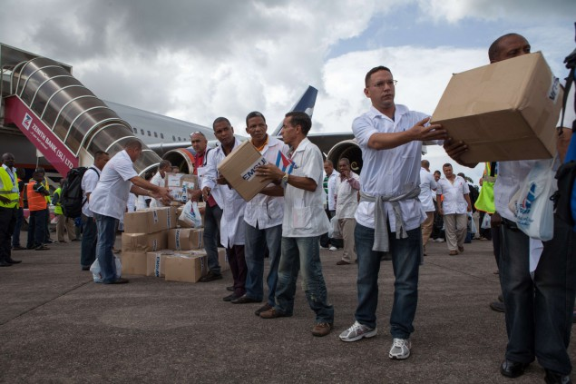 Photo of Socialist Cuba responds with largest medical team to treat Ebola in W. Africa