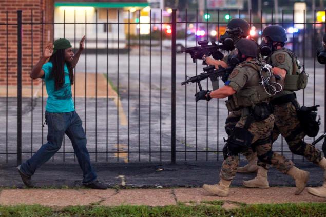 Photo of Policías de EEUU matan a 100 veces el índice de otros países