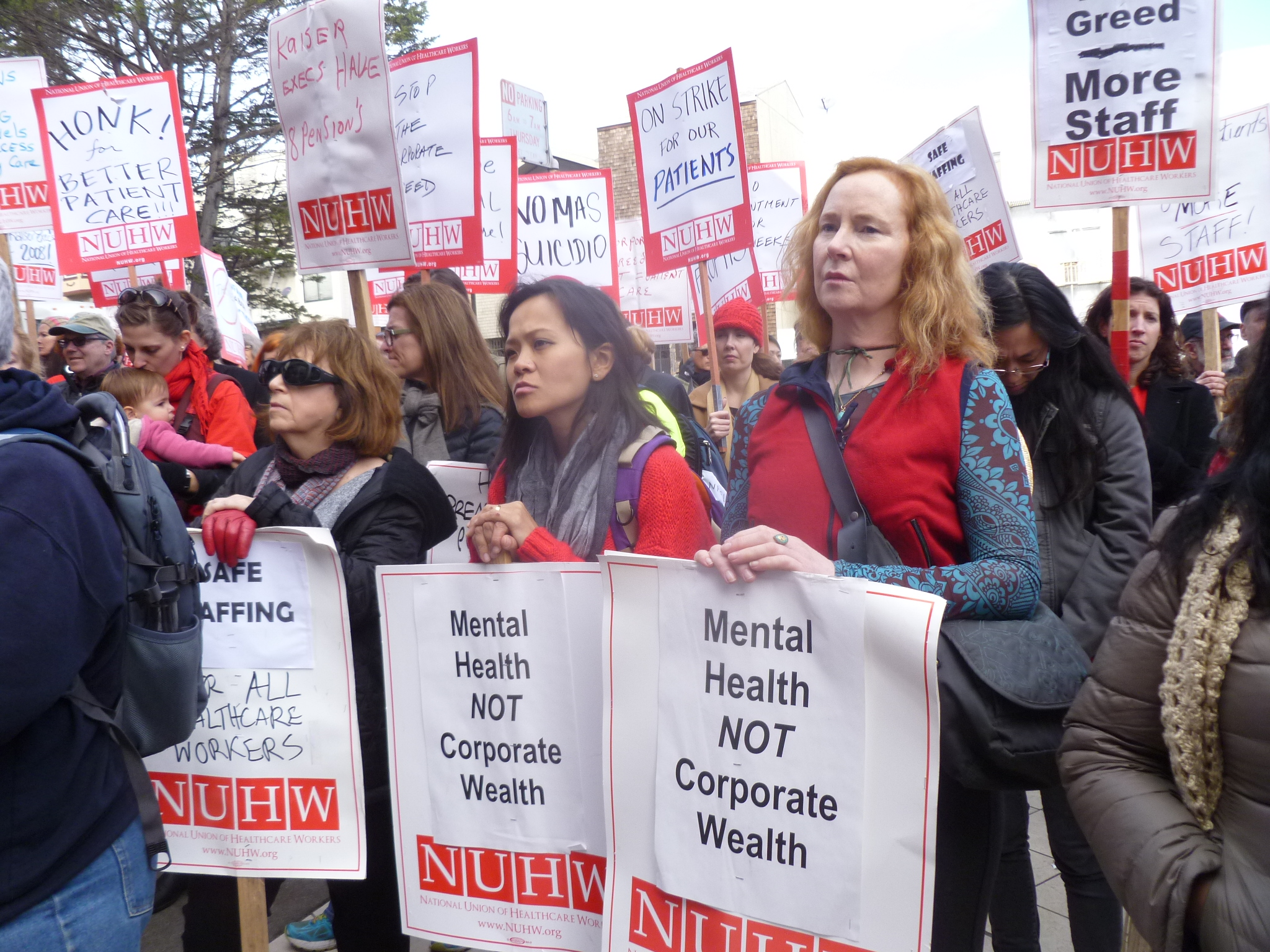 Photo of Kaiser mental health workers strike for ethical patient care