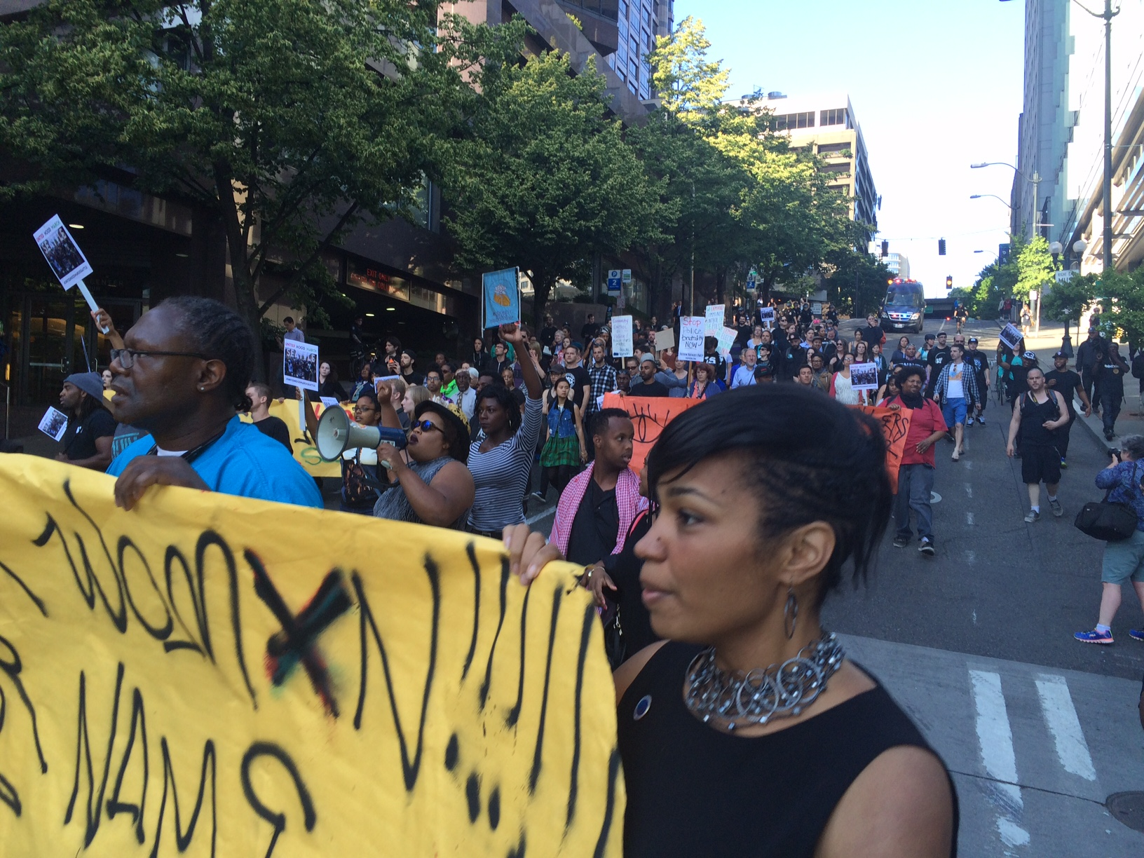 Photo of Seattle United Hood March says 'Black lives matter'