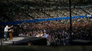 Bernie Sanders LA photo