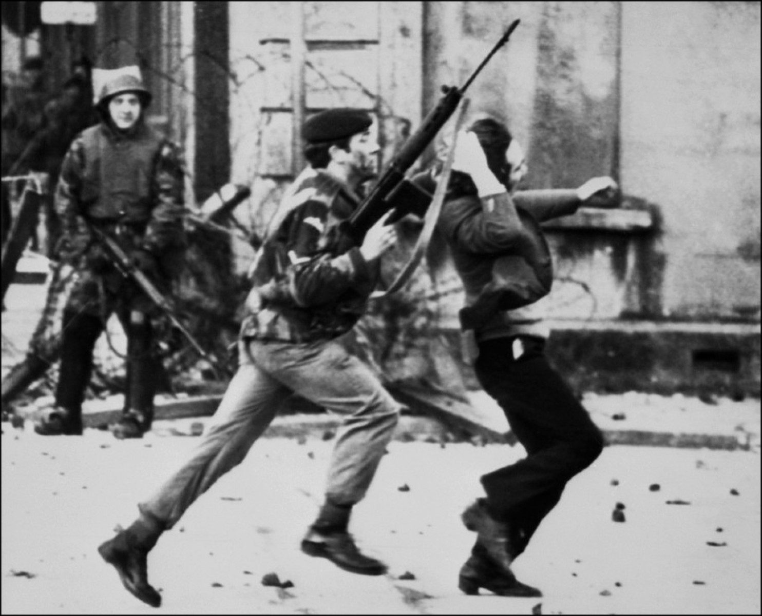 Photo of 44 years after Bloody Sunday in Derry, Ireland, the PSNI arrests a British soldier