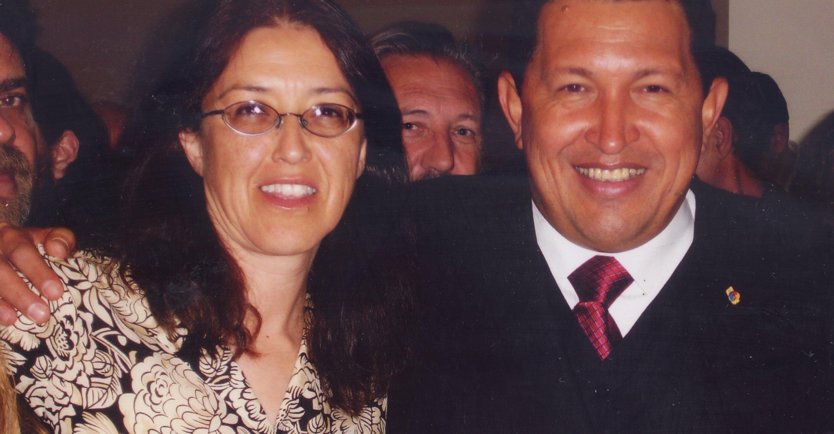 Photo of PSL candidates La Riva and Puryear salute PSUV