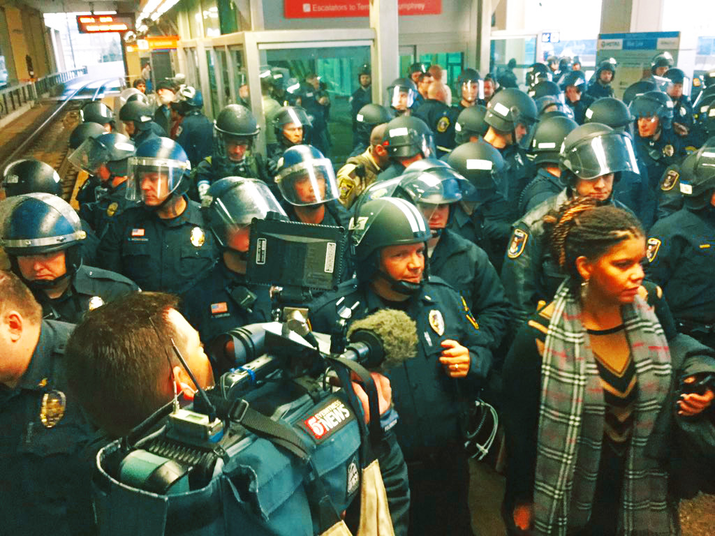 Mall of America protesters unite against killer cops and capitalism