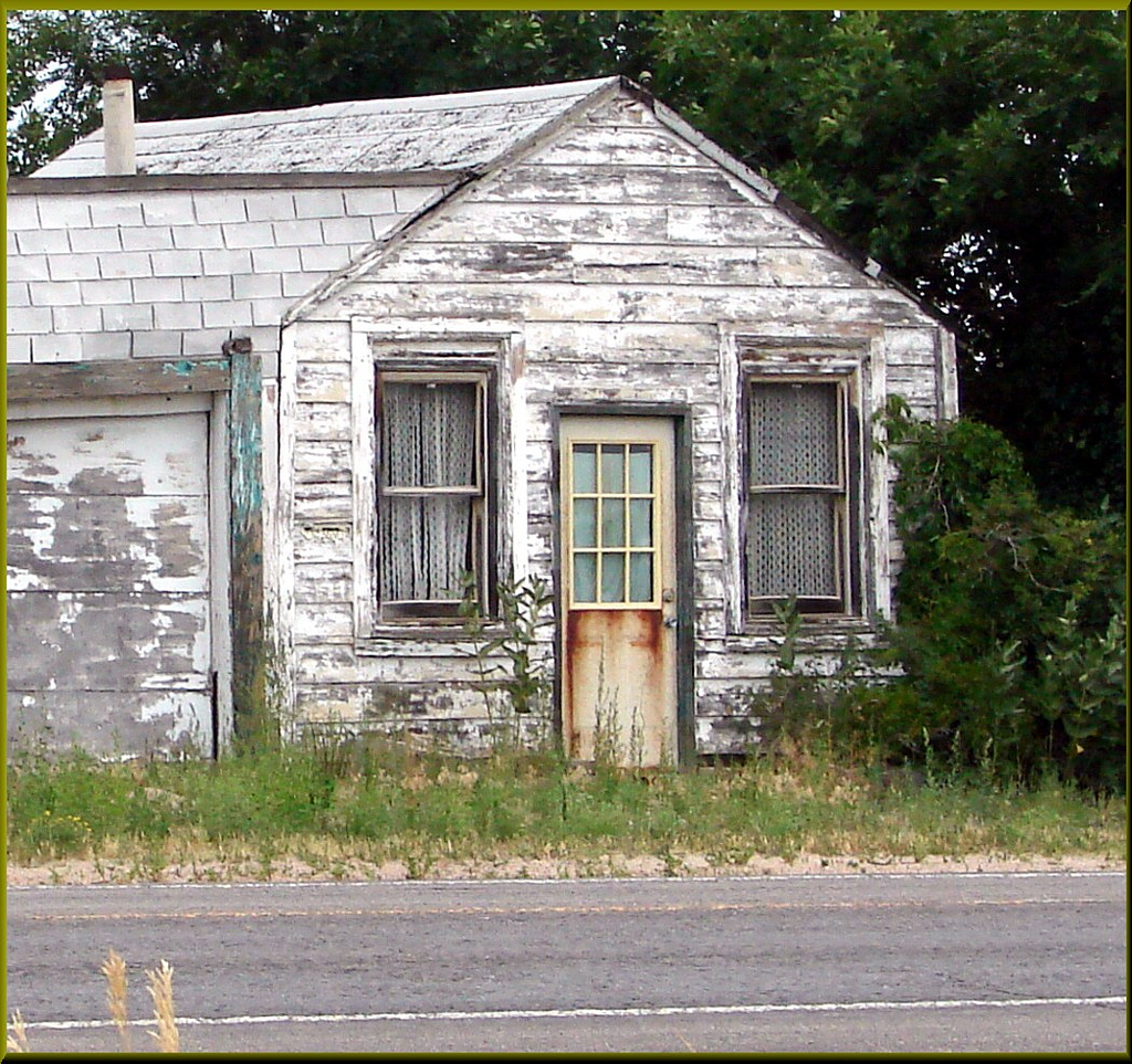 """Photo of The ruthless reality of the """"fixer upper"""" market"""