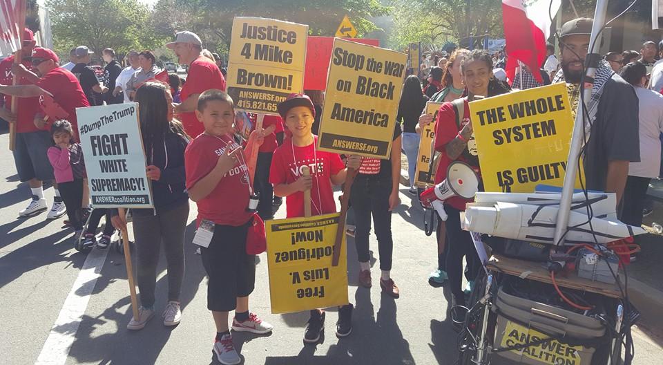 Sacramento Chávez  March, 1000 people in unity