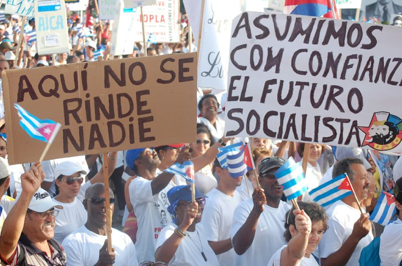 Photo of Cuban editorial on President Obama's visit
