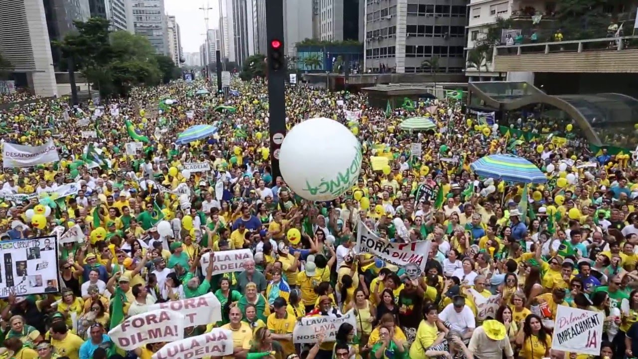 Photo of Escalating right wing attacks on Rousseff in Brazil