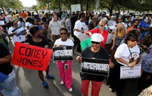 Corey-Jones-protest