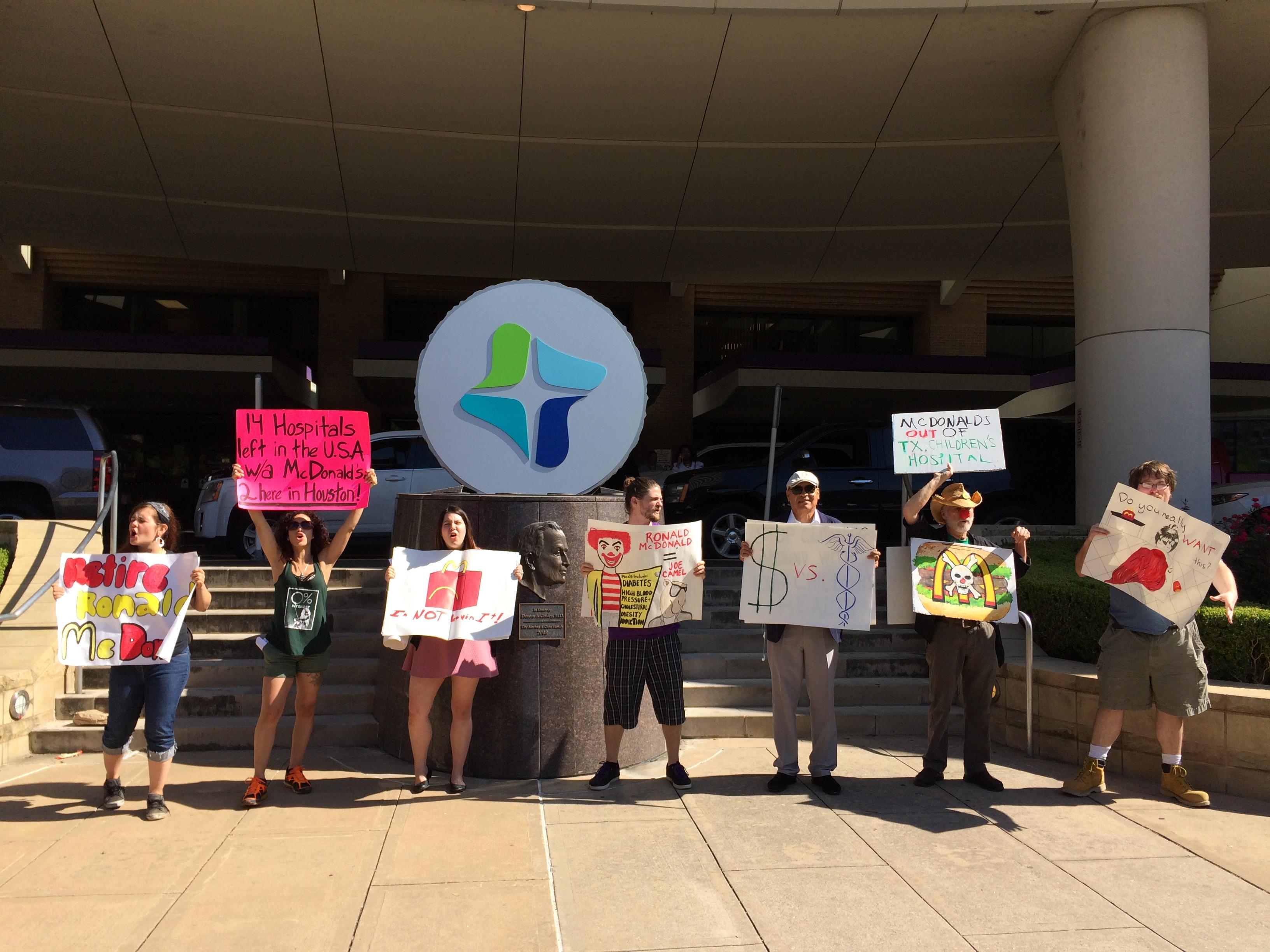 Photo of Houston activists challenge unhealthy McDonald's in Children's Hospital