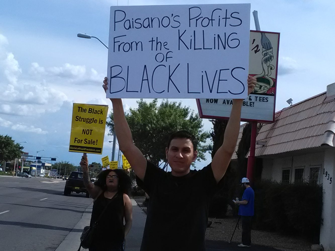 Photo of Picketers at restaurant: The Black struggle is not a joke