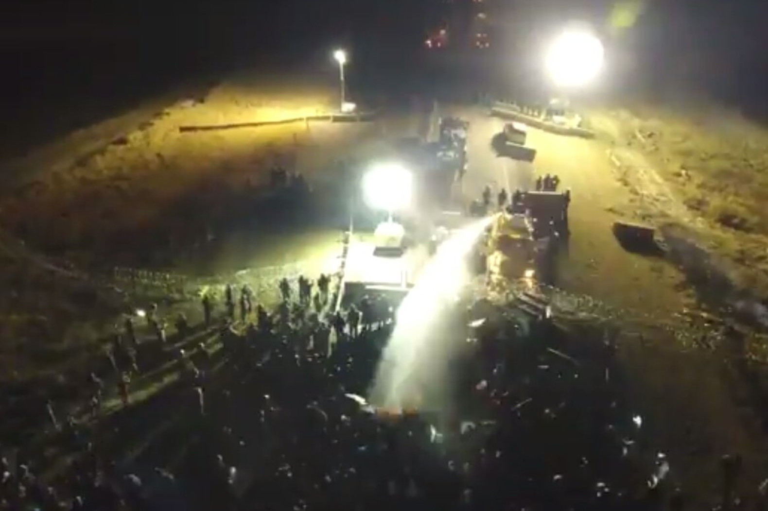 Photo of DAPL brutality reflects Big Oil panic; protectors stand firm
