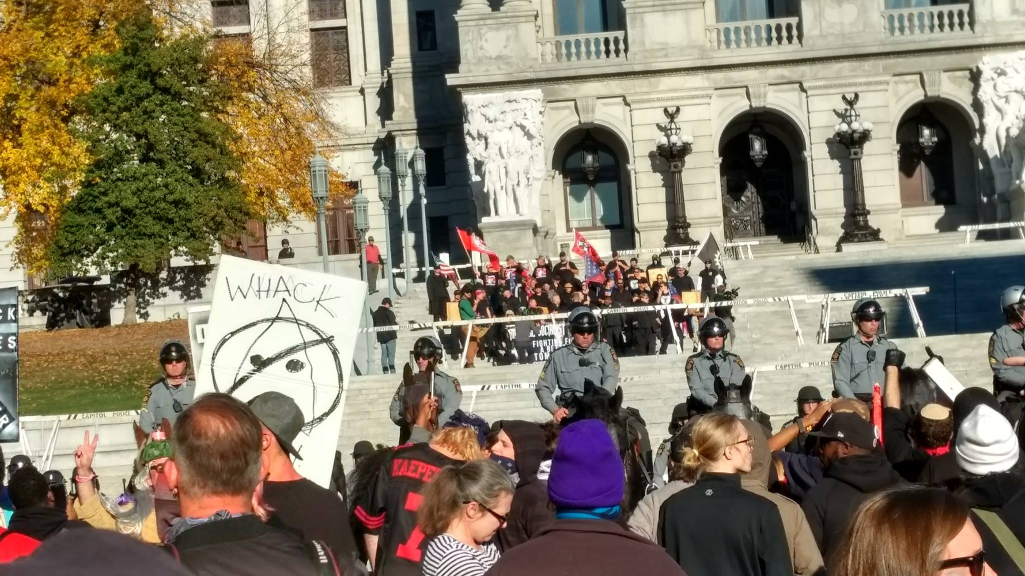 Photo of Hundreds protest fascist gathering in Harrisburg, PA
