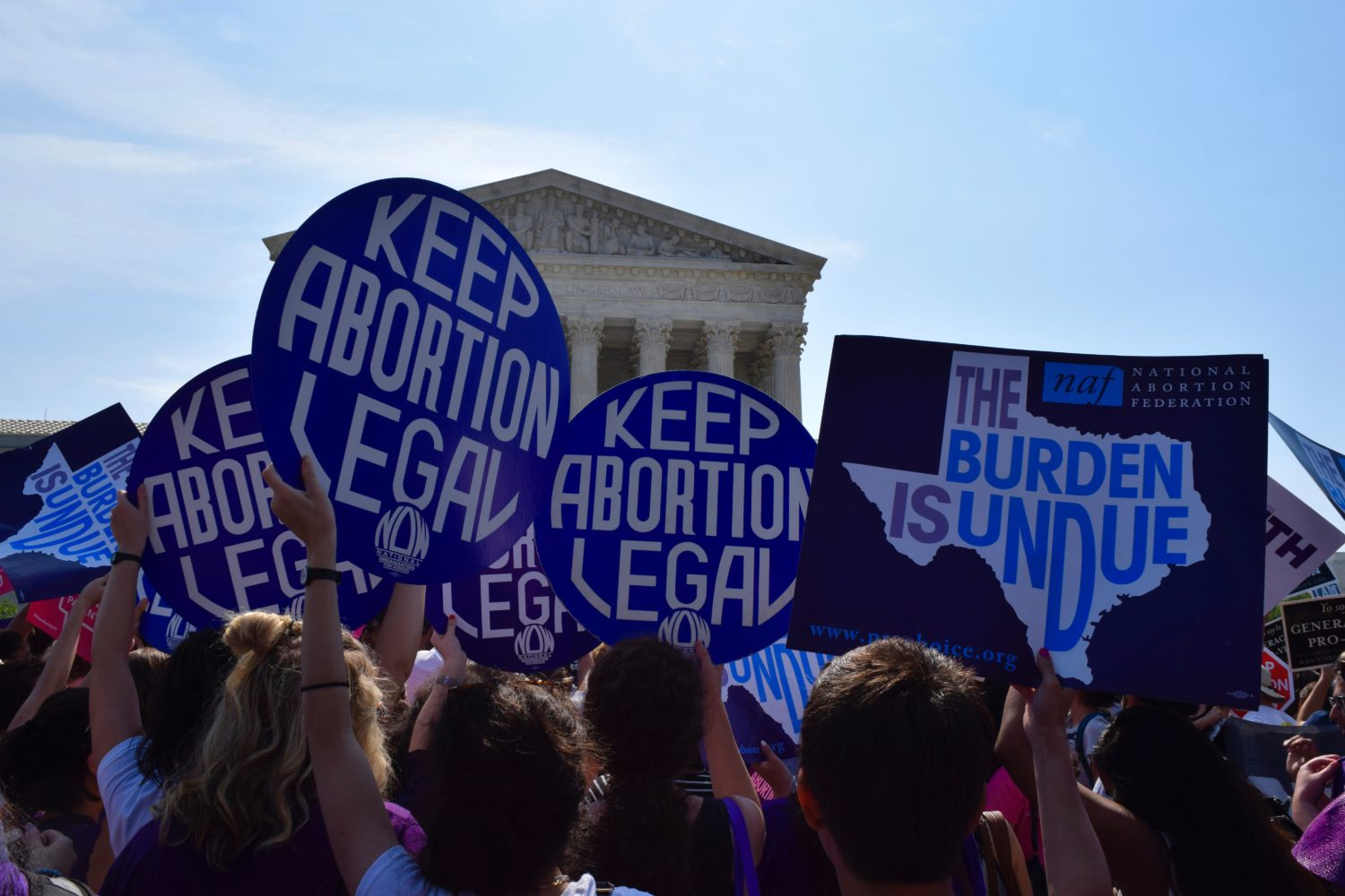 Photo of Ohio governor signs extreme anti-abortion bill