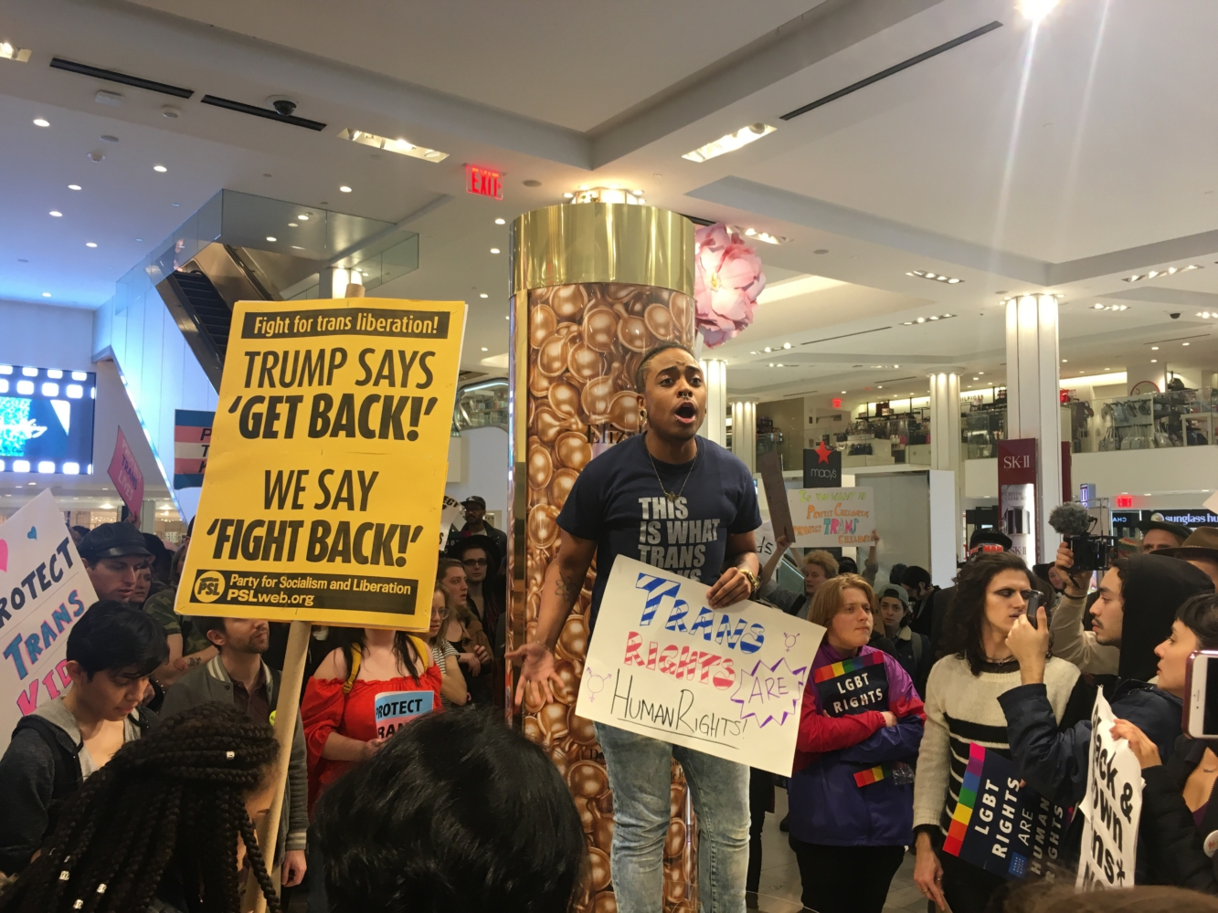 Photo of NYC trans rights rally spills into the streets, department store