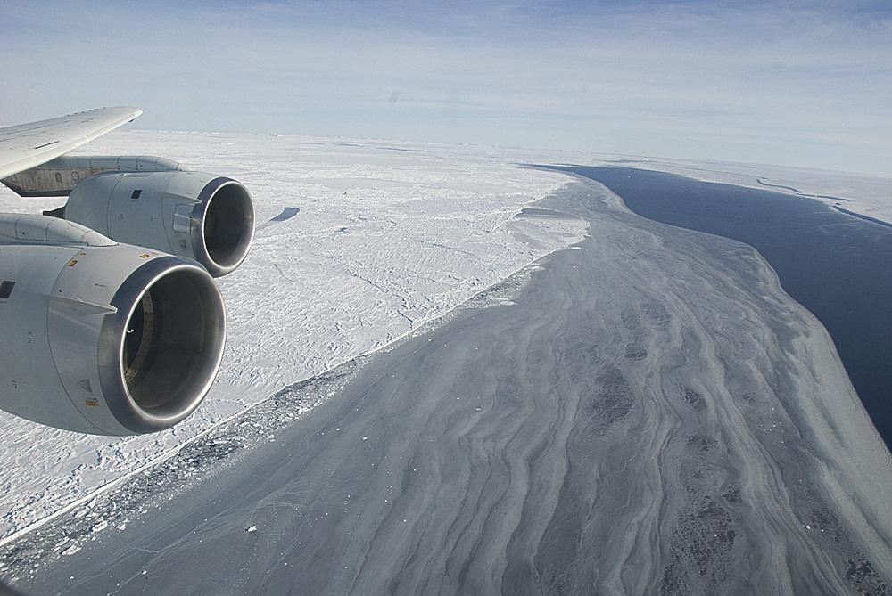 Antarctica melts as Trump regime denies science