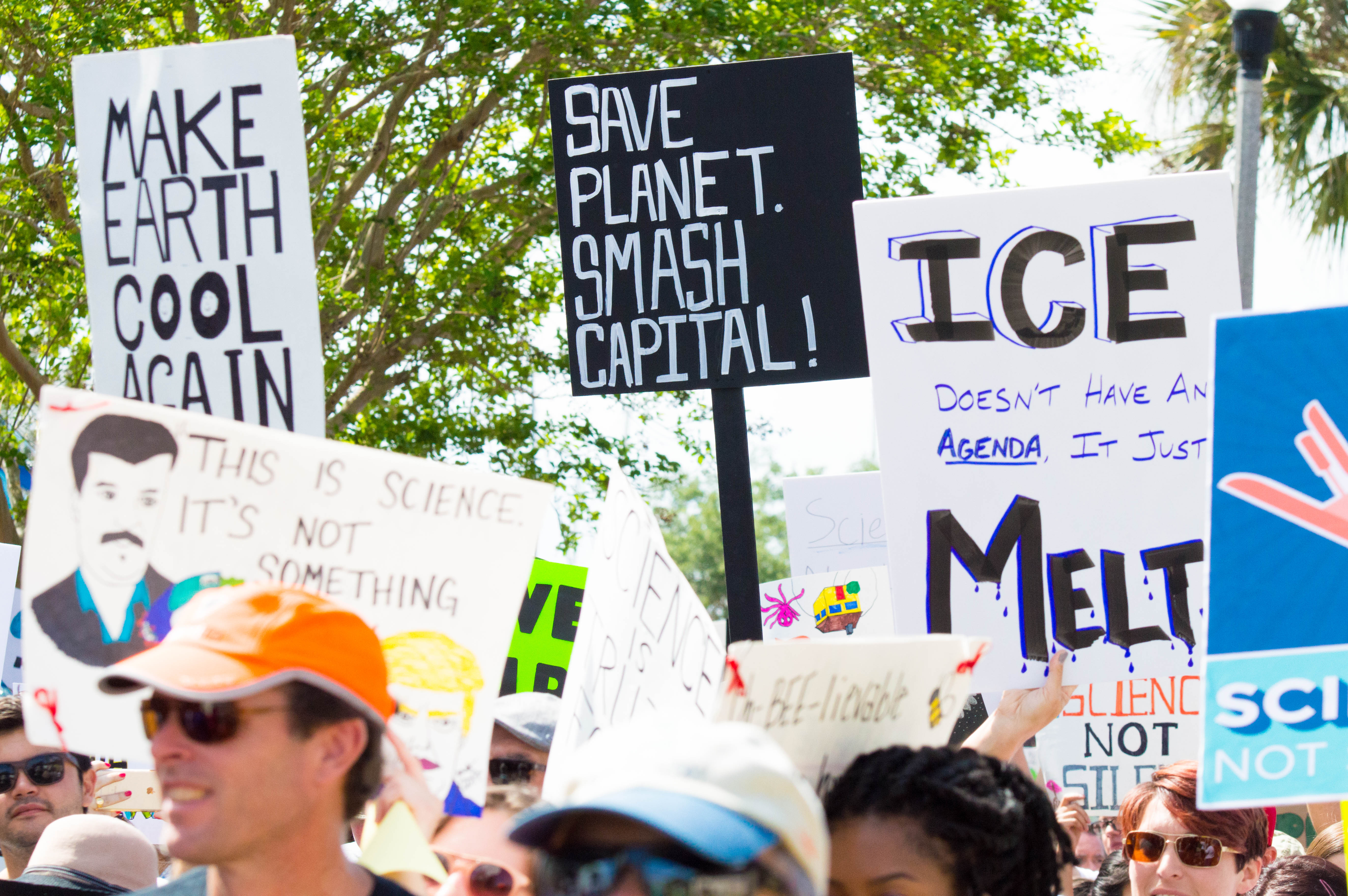 Photo of St. Petersburg marches for science and a sustainable planet