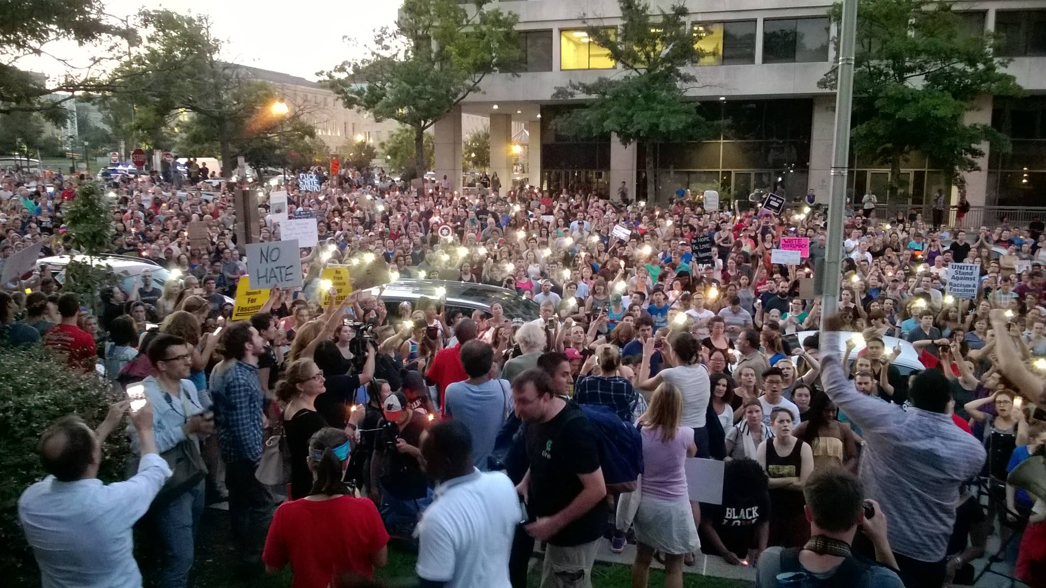 "Photo of ""Charlottesville! Charlottesville!"" Thousands rally in Washington D.C."