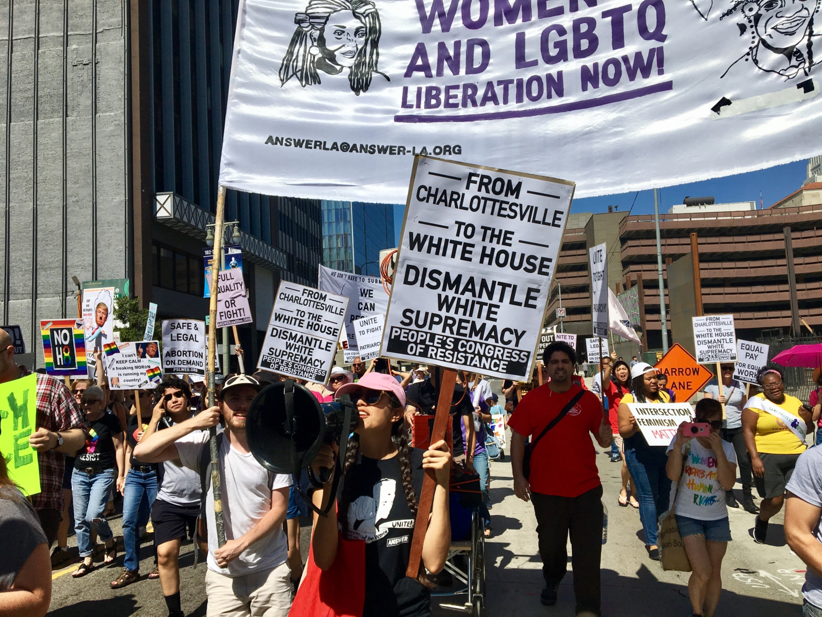 Photo of Hundreds march for women's equality day march in LA