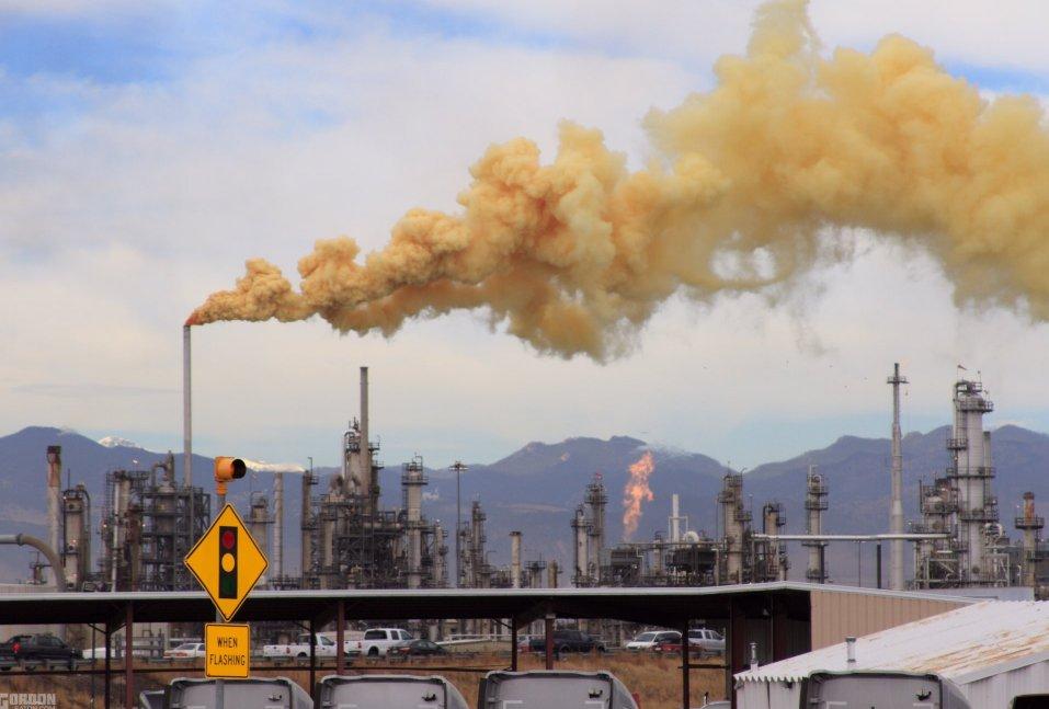 Photo of Denver community challenges energy giant Suncor