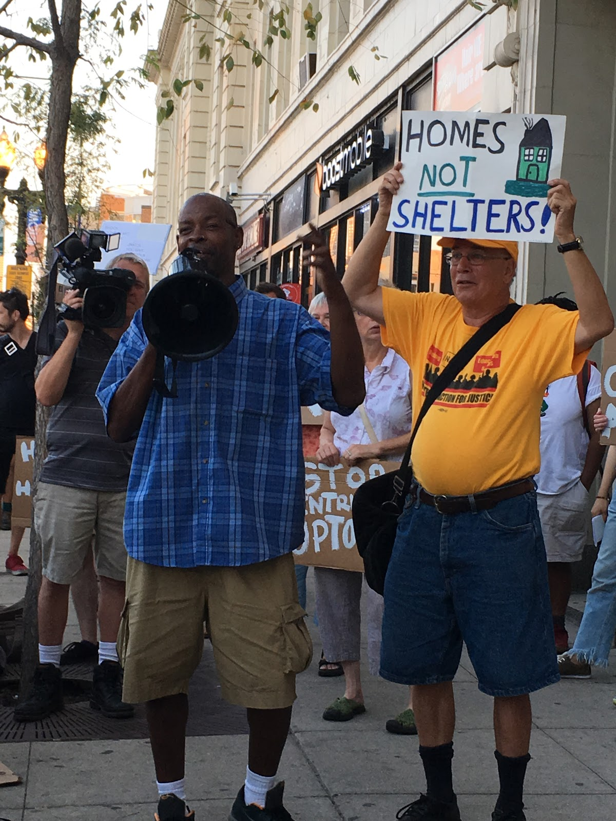 Photo of Housing is a right: defend Uptown Tent City in Chicago