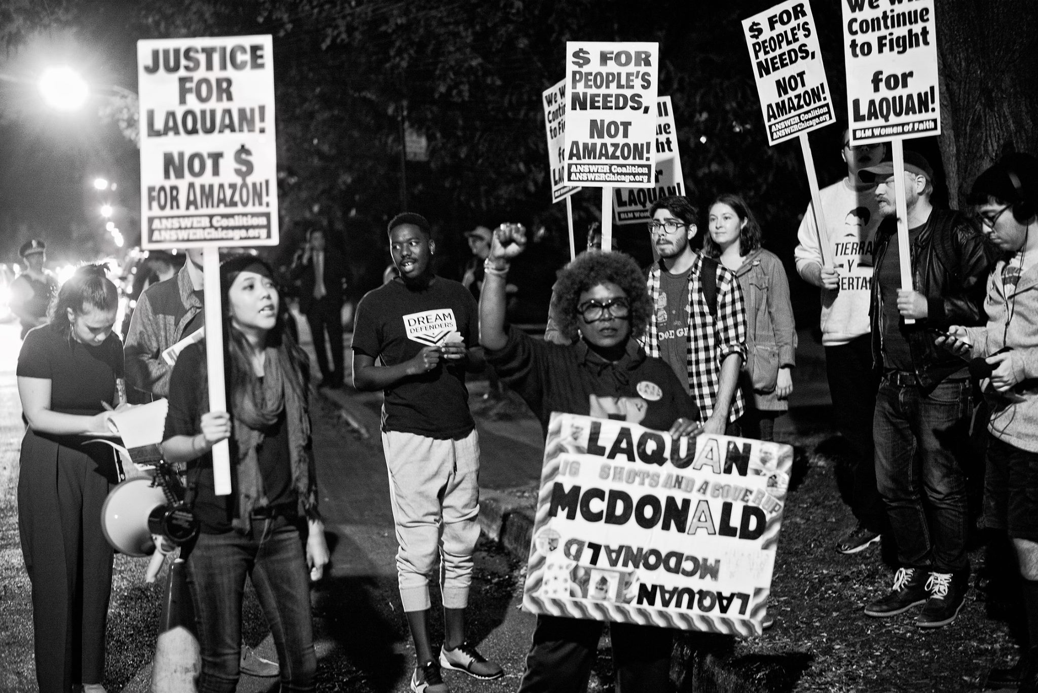 Photo of Chicago Demands Justice for Laquan, Not Money for Amazon