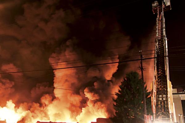 10-22-17-Ames-Fire-7-jb-982x840