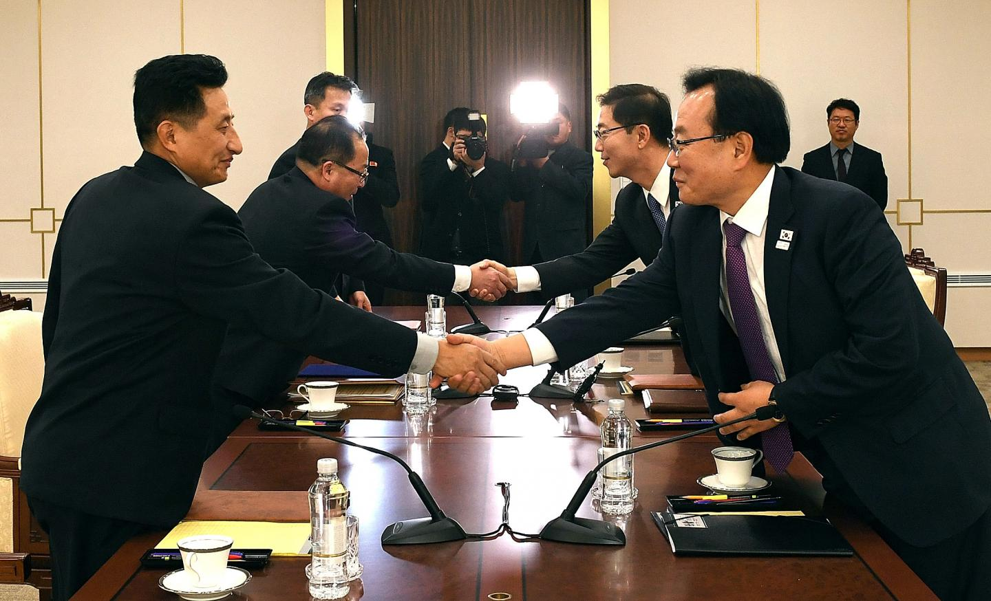 Photo of Moves toward peace between two Koreas while U.S. beats the drums of war.