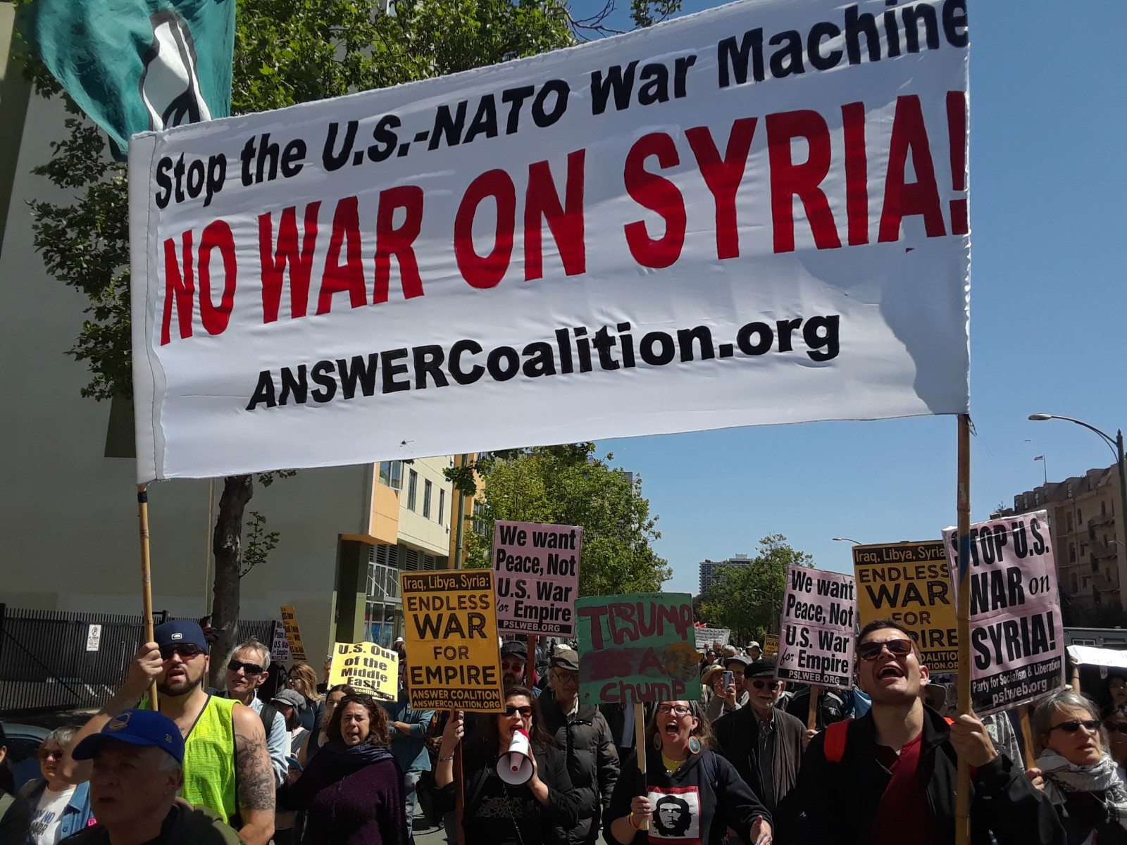 Photo of Protests condemn US strikes on Syria