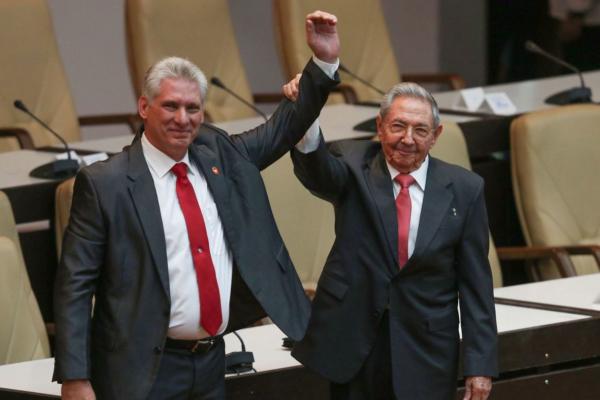 Miguel Díaz-Canel Bermúdez and utgoing president Raúl Castro. Photo: Adalberto Roque