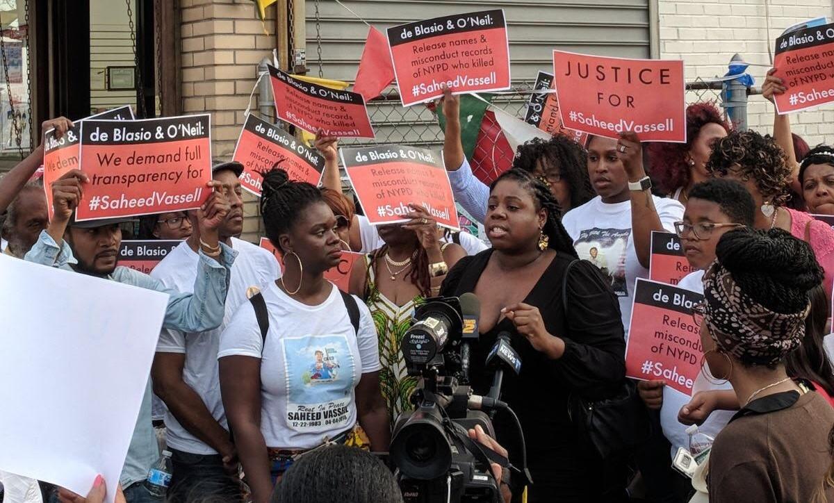 Photo of Brooklyn community demands names of police who killed Saheed Vassell