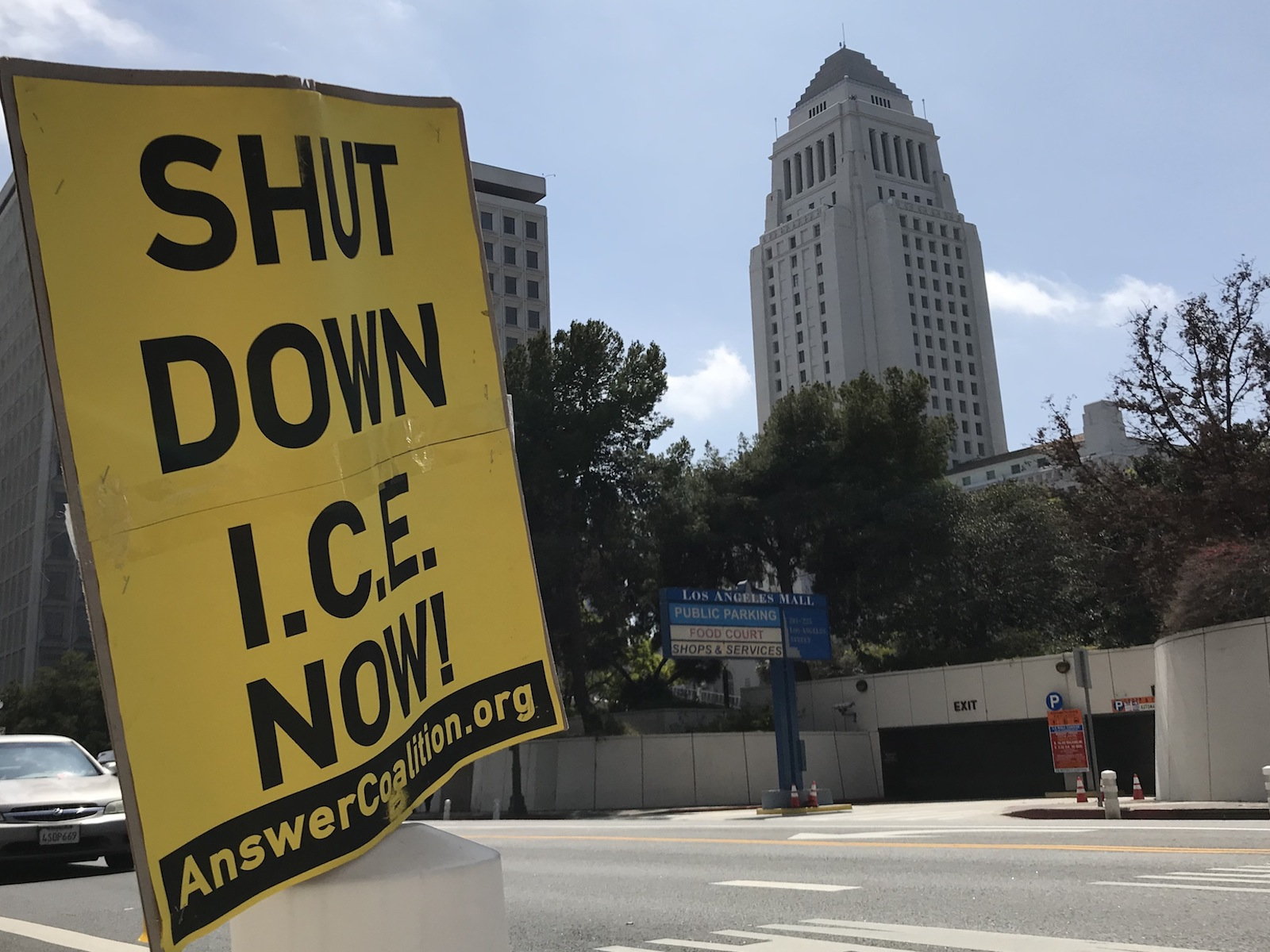 Photo of 'ICE Out of L.A.!' Inspired by Portland, community takes action