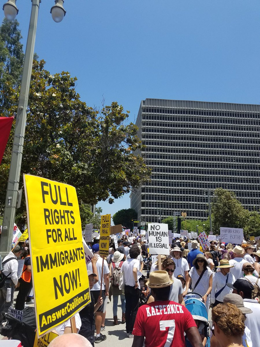 Photo of 70,000 turn out for massive anti-family separation demonstrations in LA