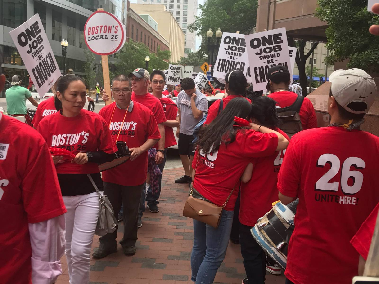 Huge picket line against Marriott in Boston