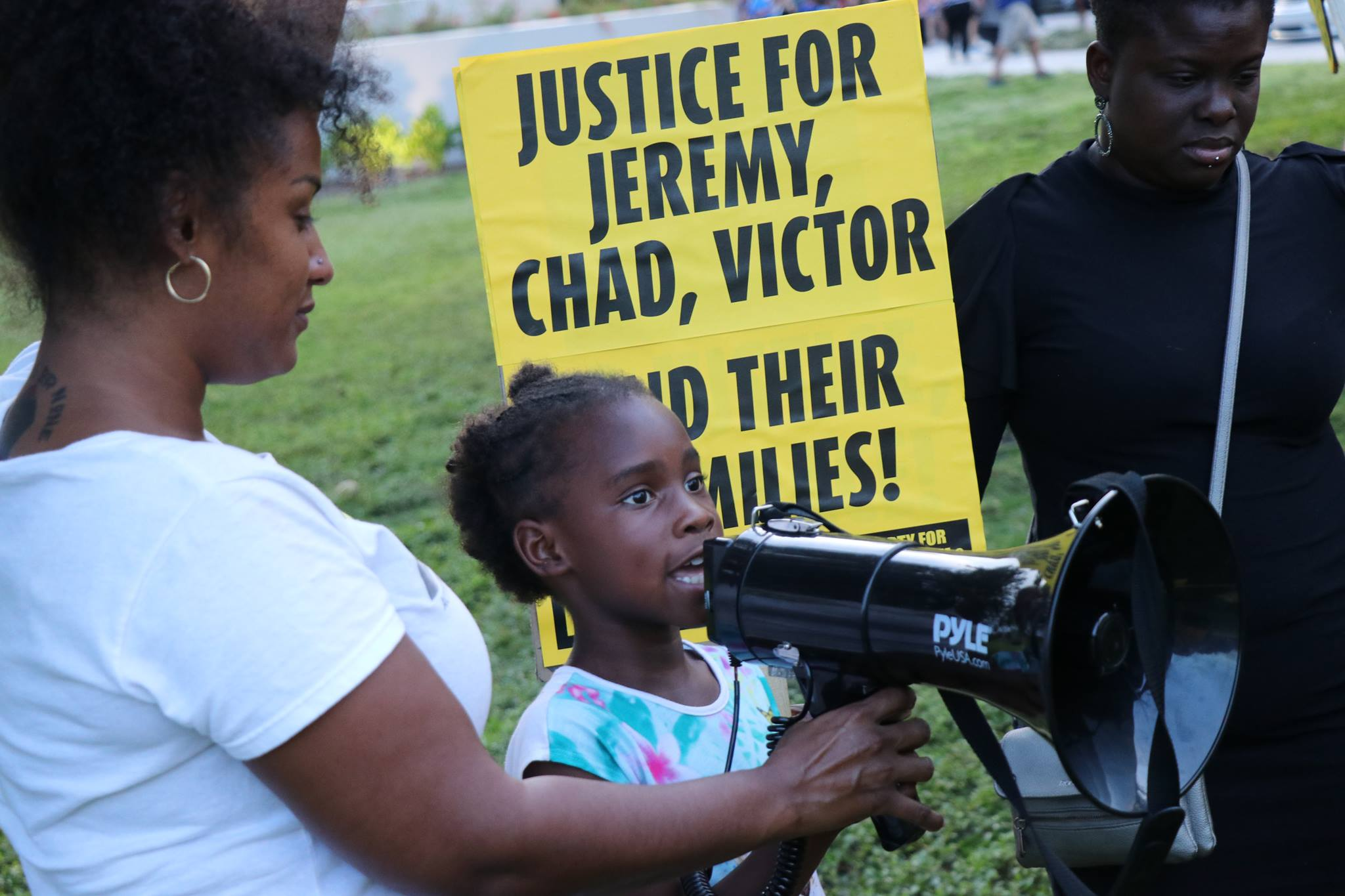 Photo of Families of Sarasota police brutality survivors continue their fight for justice