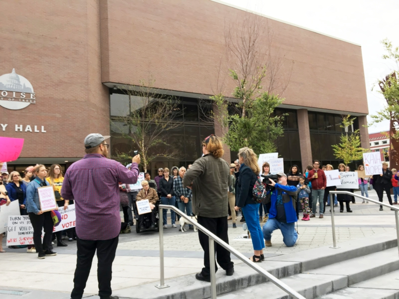 Boise rallies to defend women's rights
