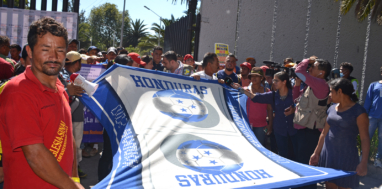 Hondurans, Guatemalans and Salvadorans march to the UN High Commission for Human Rights headquarters in Mexico City, Nov. 8, 2018. Liberation Photo: Gloria La Riva