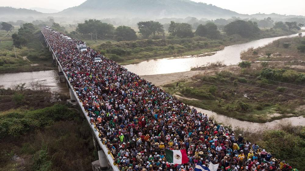 Photo of Help send Gloria La Riva and a Liberation News team to the Refugee Caravan in Mexico