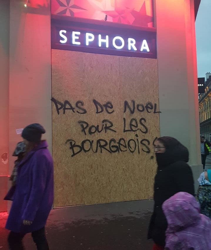 French mass rebellion grows and deepens