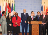 Jorge Arreaza at the UN surrounded by representatives of countries supporting Venezuelan sovereignty.