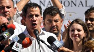 Guaido (at mic) and Marrero (center). Photo: Venpress.