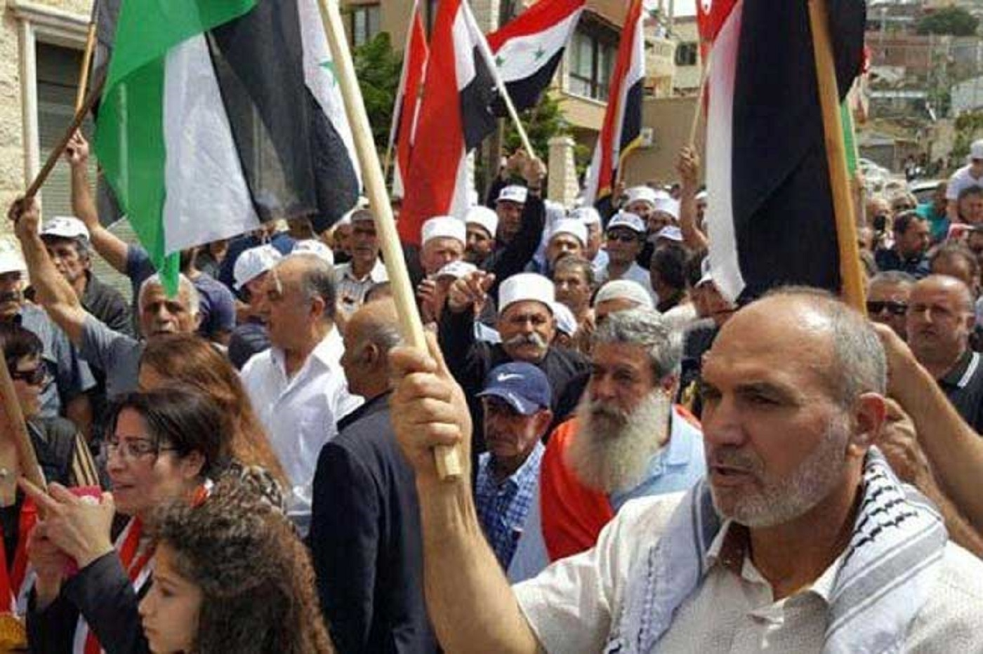 Photo of Widespread Arab protests hit Trump's support for Israeli theft of the Golan