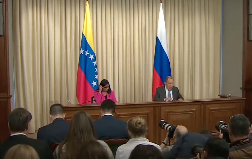 Venezuela trasladará PDVSA de Lisboa a Moscú