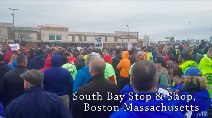 Photo of VIDEO: Over one thousand rally in support of Stop & Shop workers on strike