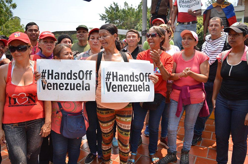 Photo of Por qué las mujeres defienden la Revolución Bolivariana de Venezuela