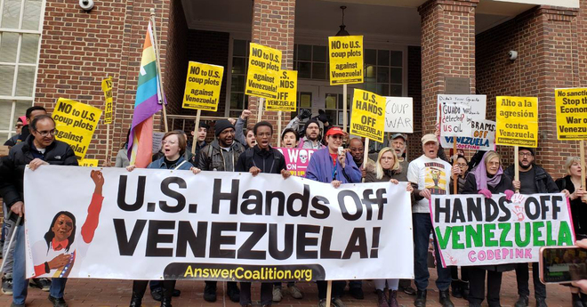 Photo of Hung jury in trial of Venezuela Embassy Protectors: Drop all charges now!