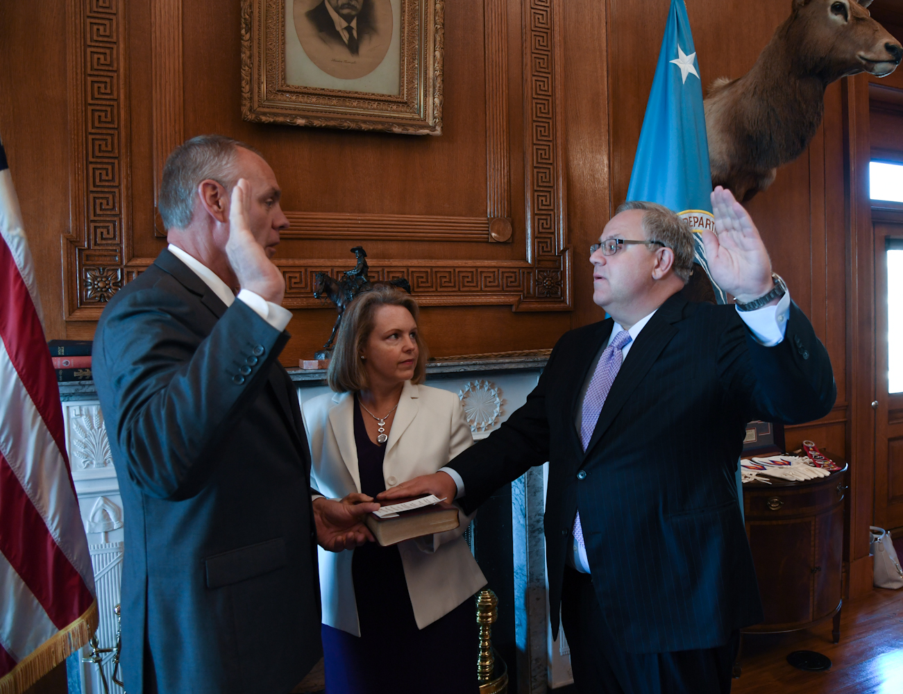 Photo of Dept. of Interior nominee a lackey for fossil fuel industry